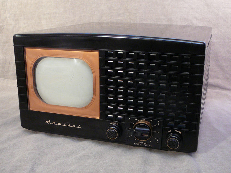 Admiral Model 19A12 Tabletop Television 1948
