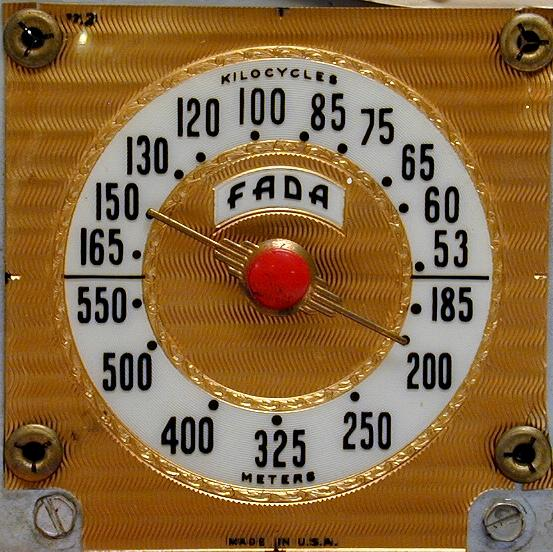 Fada Model 1000 Catalin Quot Bullet Quot Radio 1945