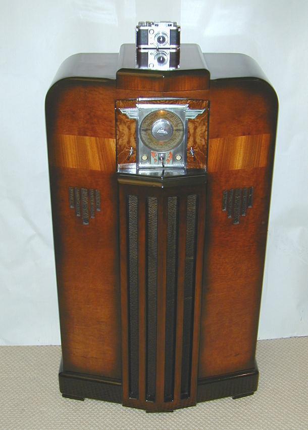 Midwest Model Dd 18 18 36 Console Radio 1936