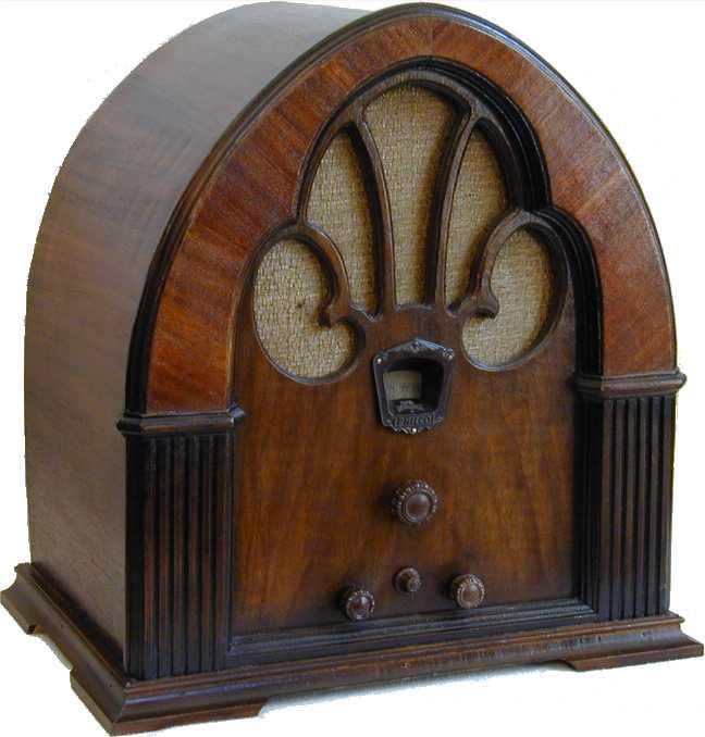 - Philco Model 90 Cathedral Radio (1931)